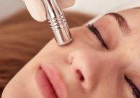Une microdermabrasion peut réduire les signes du vieillissement