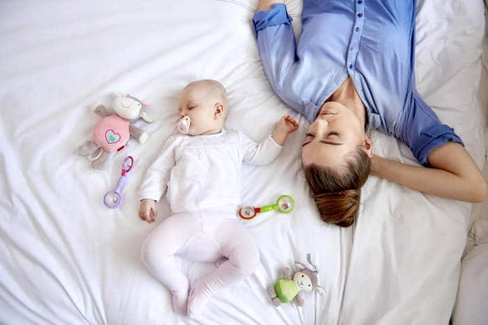 Dormir lo suficiente de alta calidad puede ayudar a prevenir el cansancio después de comer