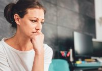 El insomnio puede deberse a hambre, náuseas, ansiedad o depresión