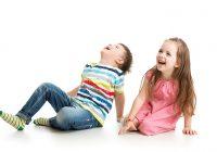4 razones por las que los niños pequeños mueven su cuerpo en un movimiento de balanceo