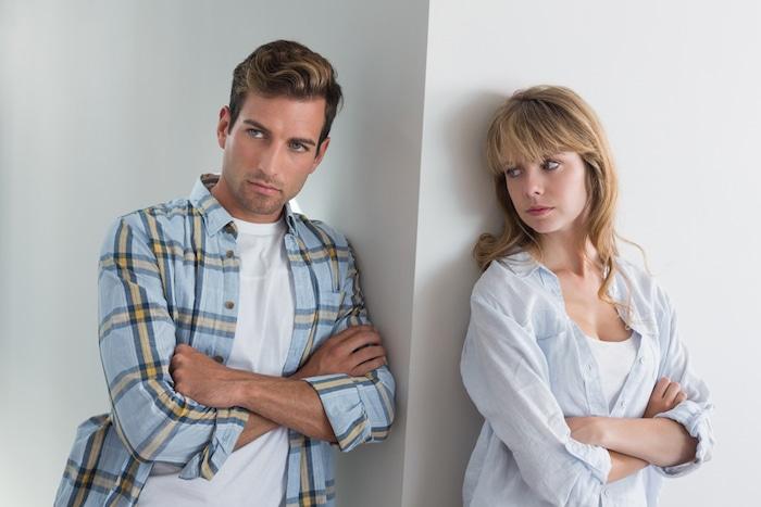 الخوف من العلاقة الحميمة وفوبيا الالتزام: ما الذي يسببها؟