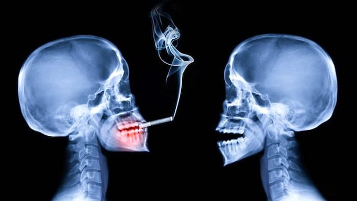 Fumar es un factor de riesgo clave para la AR