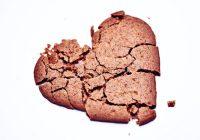 El síndrome del corazón roto puede sentirse muy similar a un ataque al corazón