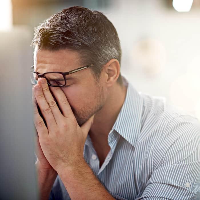 Nuestra respuesta emocional a una situación estresante diaria, como estar atrapado en el tráfico, puede afectar la salud de nuestro cerebro, especialmente en la vejez