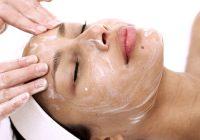 Eiweißmasken können möglicherweise überschüssiges Hautöl absorbieren