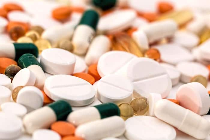 Eine einfache chemische Modifikation könnte die Wirksamkeit von Antibiotika im Kampf gegen mikrobielle Resistenzen erhöhen