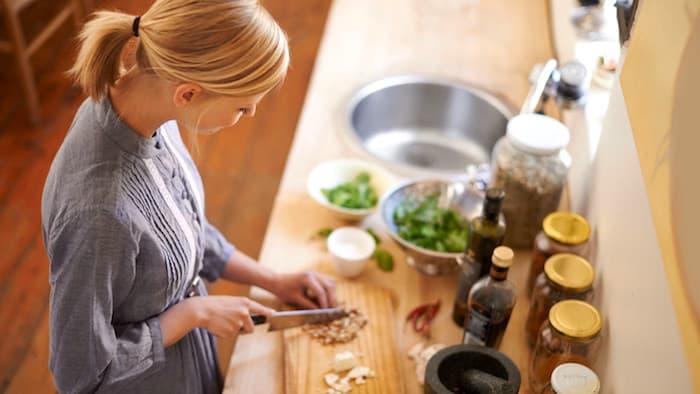 Cocinar cuando sufres de dolor crónico: ¿cómo?