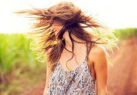يمكن أن يساعد استخدام زيت الزيتون في حماية الشعر من التلف