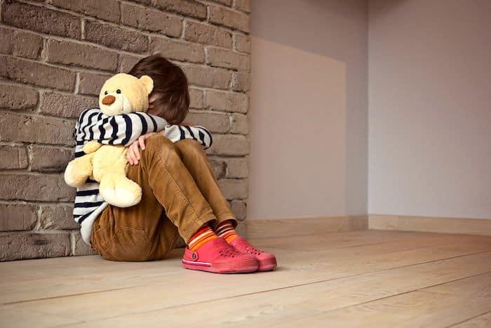 Un enfant atteint de TSA peut se sentir angoissé par des interruptions dans sa routine