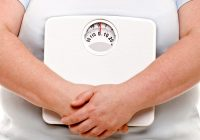 A gordura visceral pode prejudicar a saúde e algumas pessoas com obesidade recorrem a procedimentos cirúrgicos para removê-la