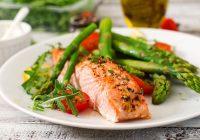 Comer una dieta de alta calidad y baja en carbohidratos puede ayudarnos a evitar el aumento de peso por más tiempo
