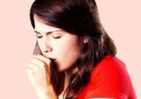 ¿Qué causa la tos con trozos blancos de flema?