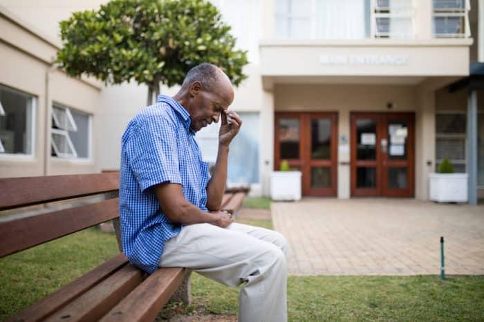 Démence modérée due à la maladie d'Alzheimer