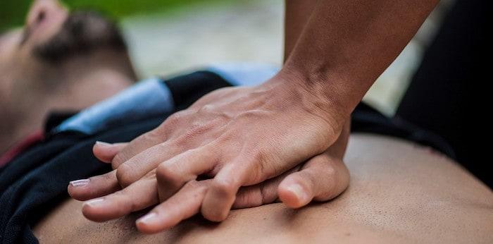 guía para hacer una reanimación cardiopulmonar