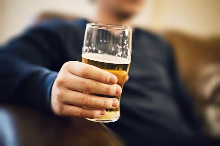 Mezclar Flagyl y alcohol