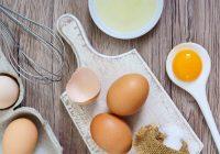 Coma ovos crus