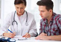 ¿Pueden los hombres desarrollar estrechez uretral (Estenosis) por uretritis recurrente?