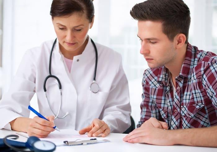 由于复发性尿道炎,男性会发生尿道狭窄(狭窄)吗?