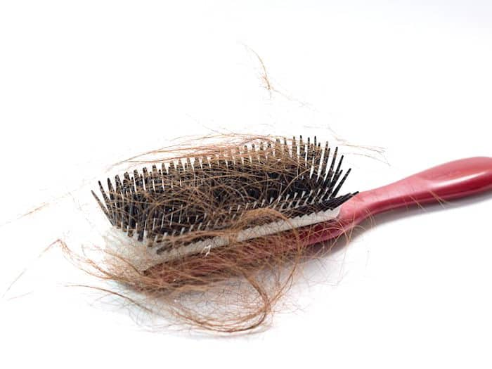 Combien de perte de cheveux est normale?