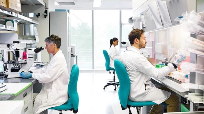 Die Forscher identifizieren mögliche Coronavirus-Impfstoffe und therapeutische Ziele